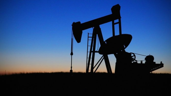 Oil prices decrease and oil war, closed factories
