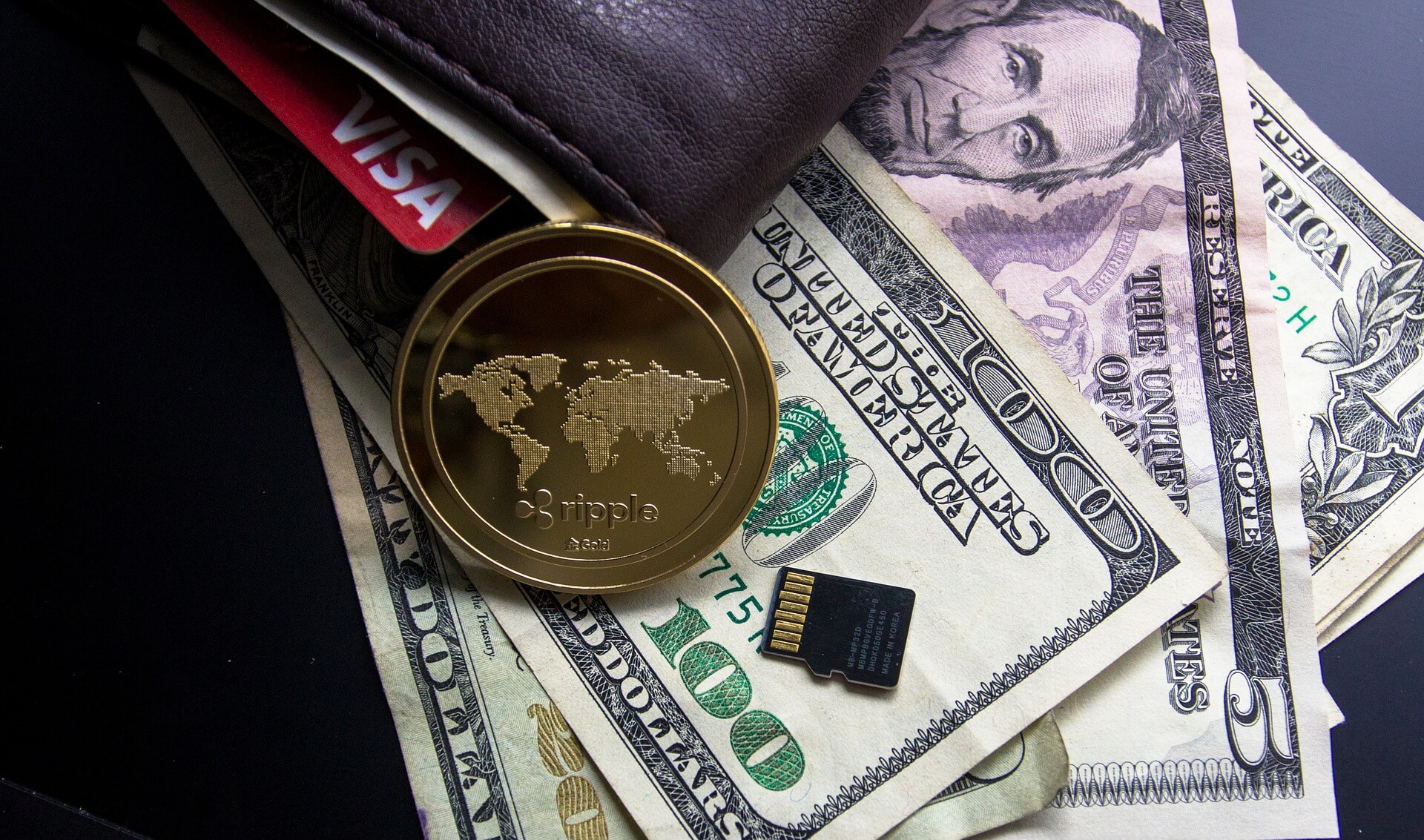 Fiat currencies vs cryptocurrencies