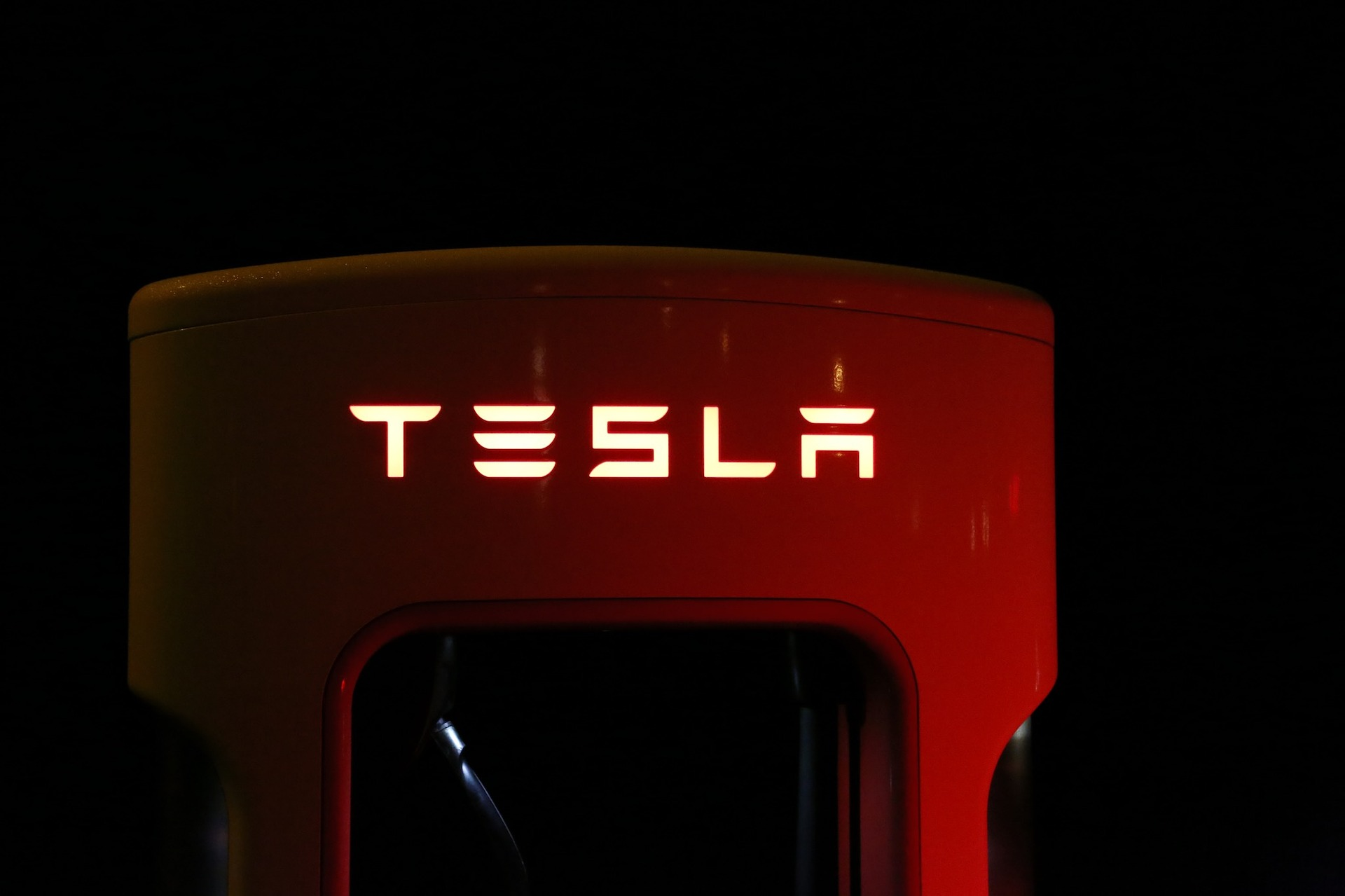 Tesla shares - what is going on